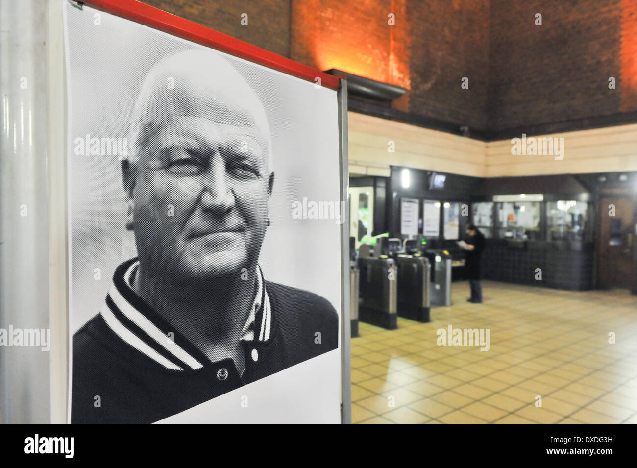 Turnpike Lane Station, London, UK. 24th March 2014. In Turnpike Lane Station stands a poster of the late Bob Crow, the General Secretary of the RMT Union, posted on the day of his funeral. Credit:  Matthew Chattle/Alamy Live News - Stock Image