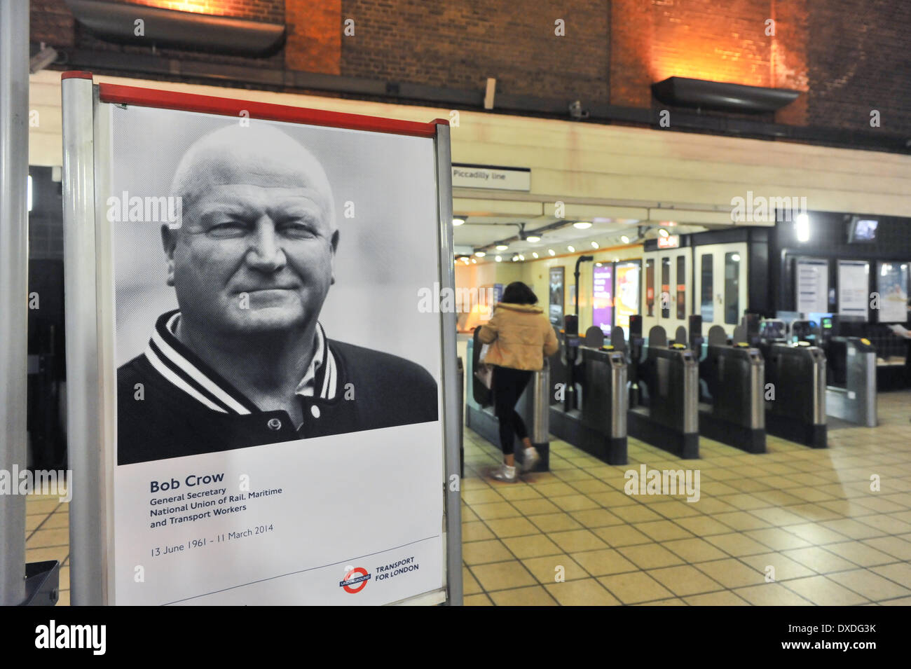 Turnpike Lane Station, London, UK. 24th March 2014.  A poster of the late Bob Crow, the General Secretary of the RMT Union in front of the gates in TurnpikeLane station on the day of his funeral. Credit:  Matthew Chattle/Alamy Live News - Stock Image