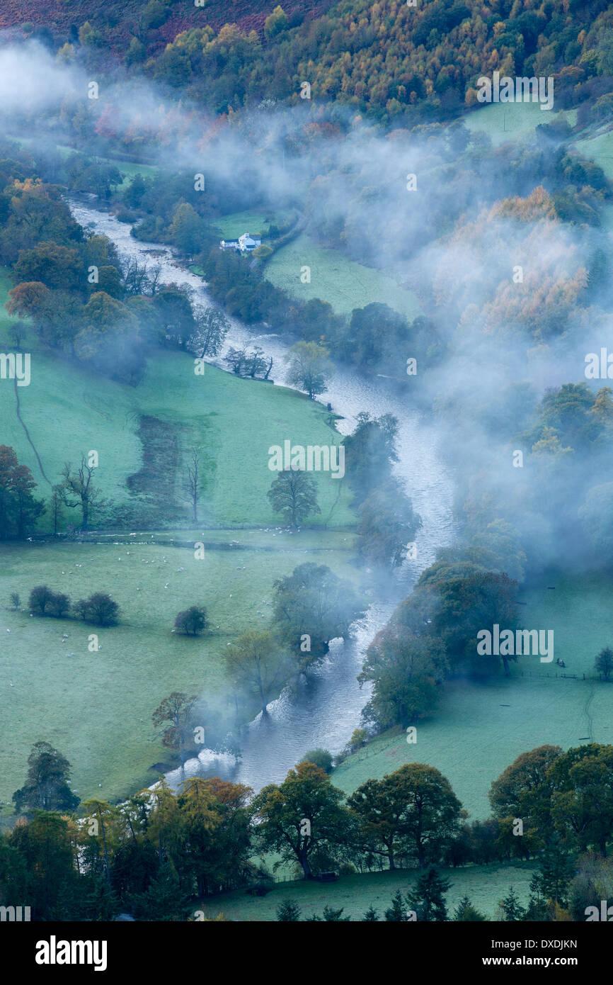 Autumn colours and mist in the Dee Valley (Dyffryn Dyfrdwy) near Llangollen, Denbighshire, Wales - Stock Image
