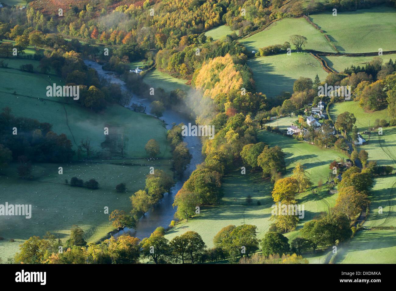 autumn colours and mist in the Dee Valley (Dyffryn Dyfrdwy) near Llangollen, Denbighshire, Wales Stock Photo