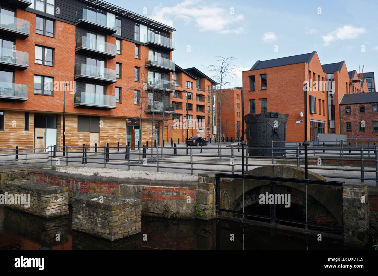 Kelham Island Apartments In Sheffield, Mill Run In Foreground