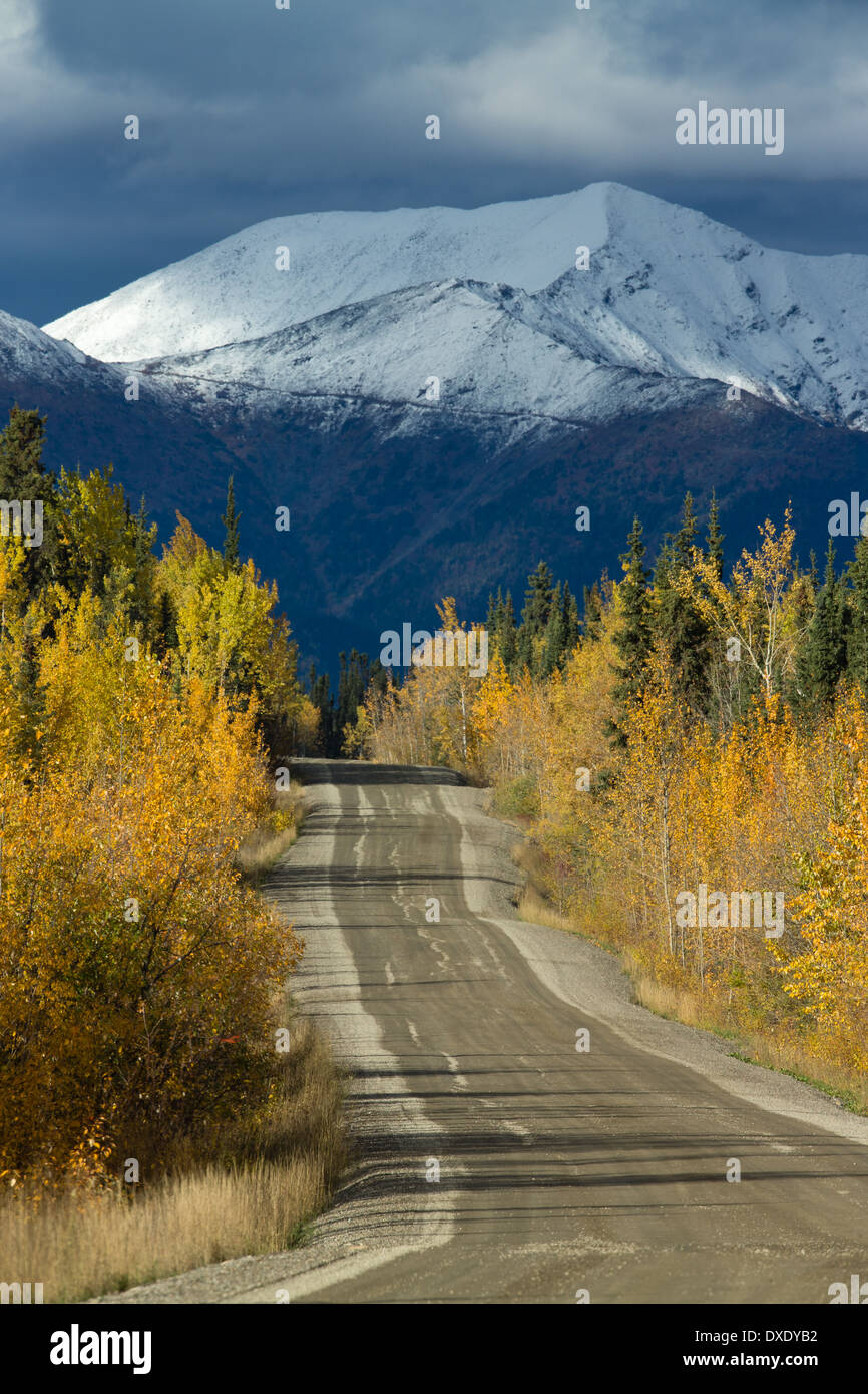 The road to Keno, Silver Trail near Mayo, Yukon Territories, Canada - Stock Image