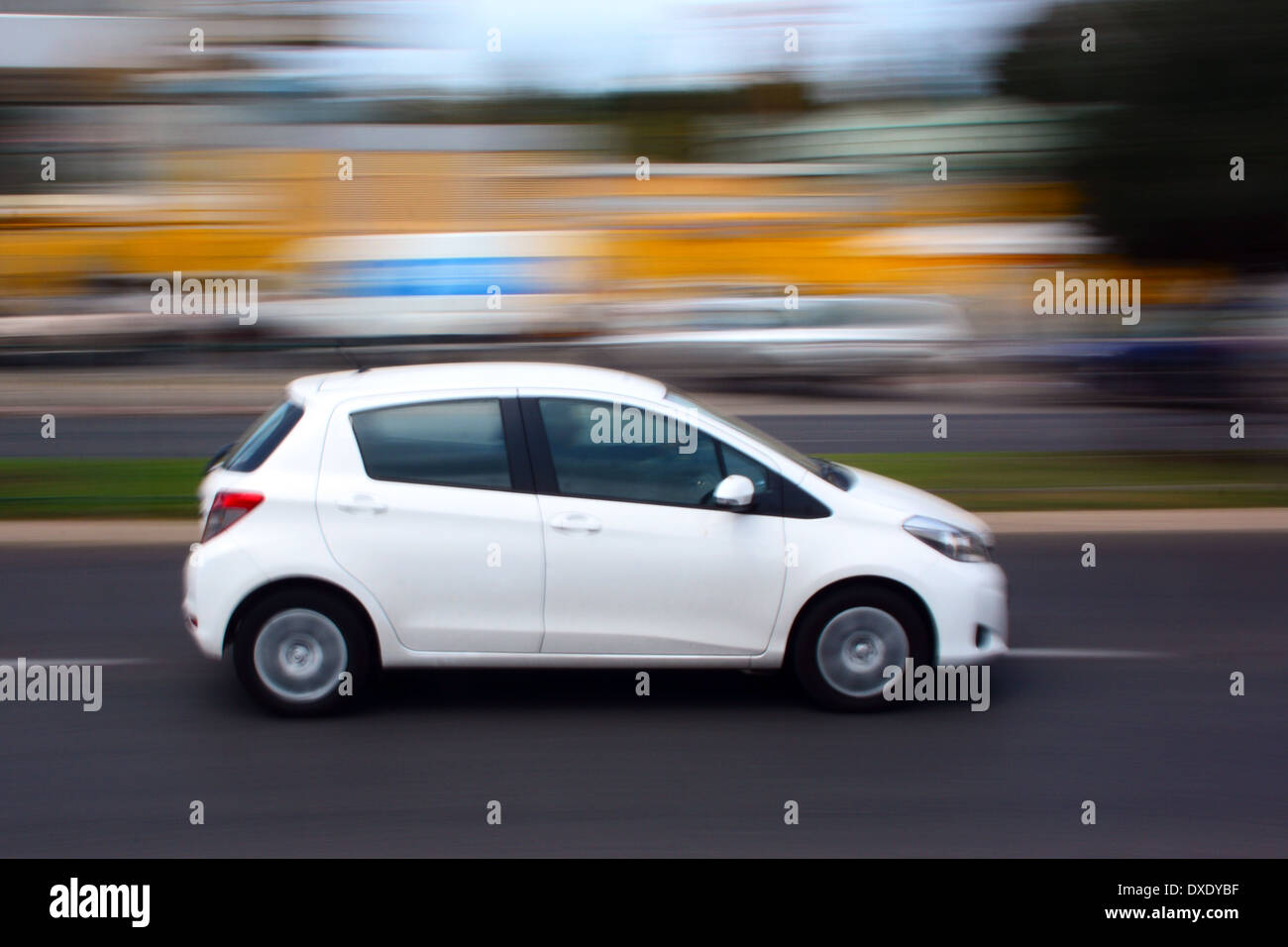 Car moving, Blurred motion - Stock Image