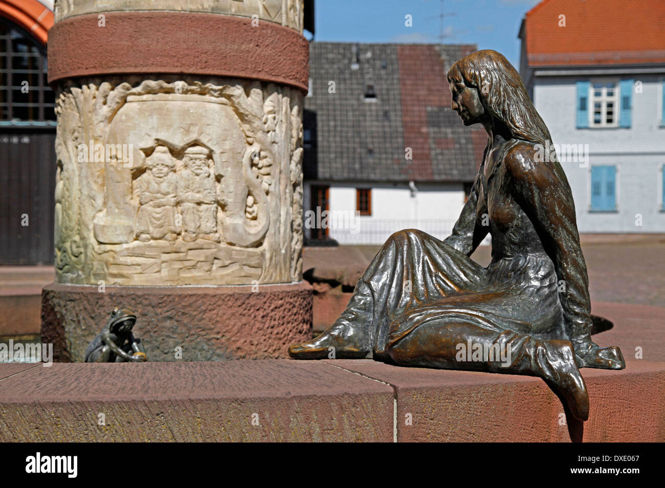 Fountain of fairy tales, The Frog King and the Princess, Steinau an der Strasse, district Main-Kinzig-Kreis, Hesse, Germany - Stock Image