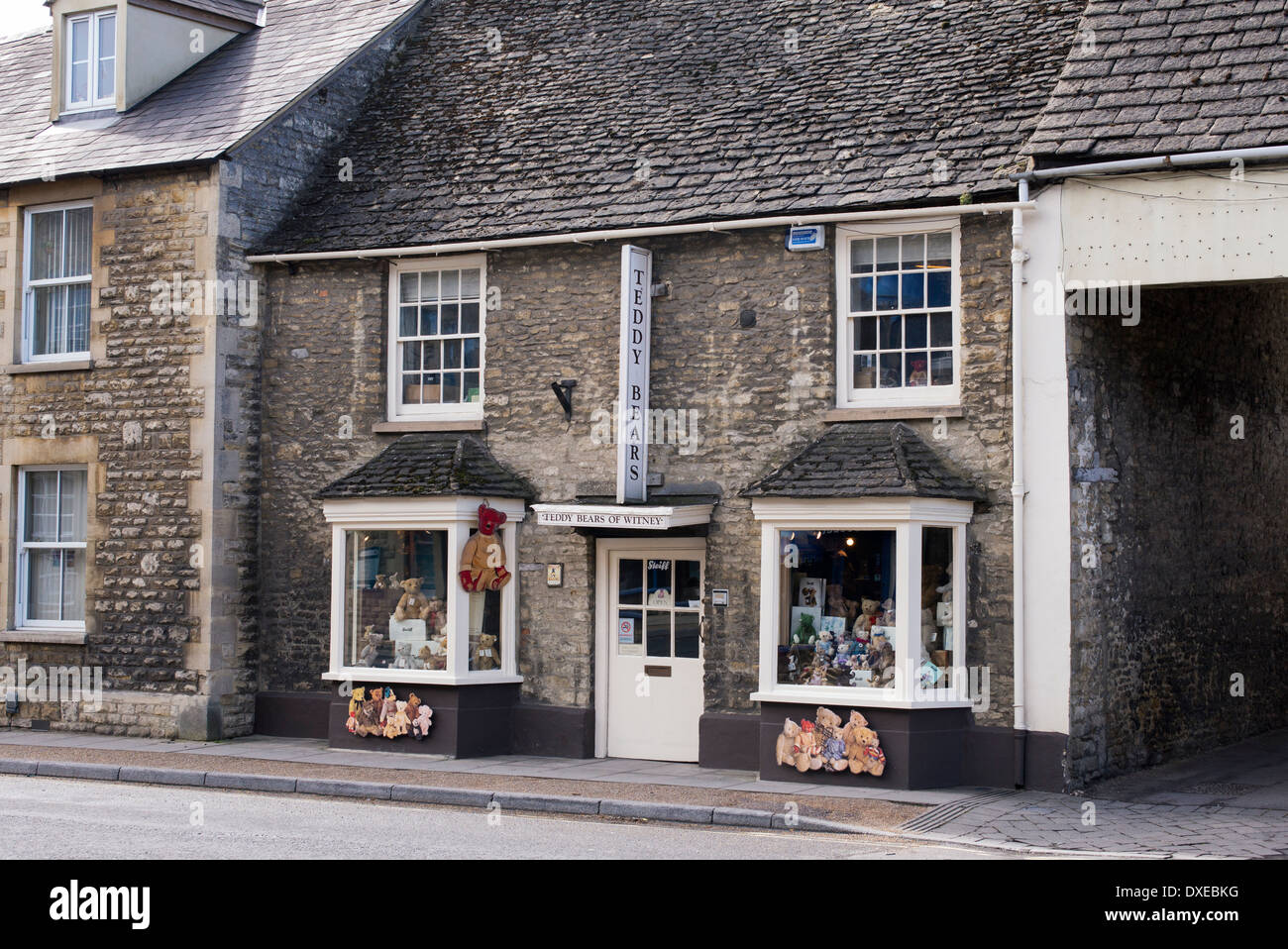 Teddy bear shop. Witney, Oxfordshire, England - Stock Image