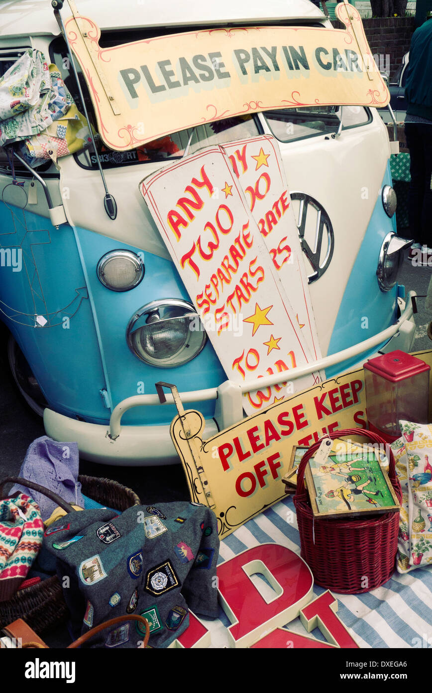 Classic car boot sale on London's South Bank - Stock Image