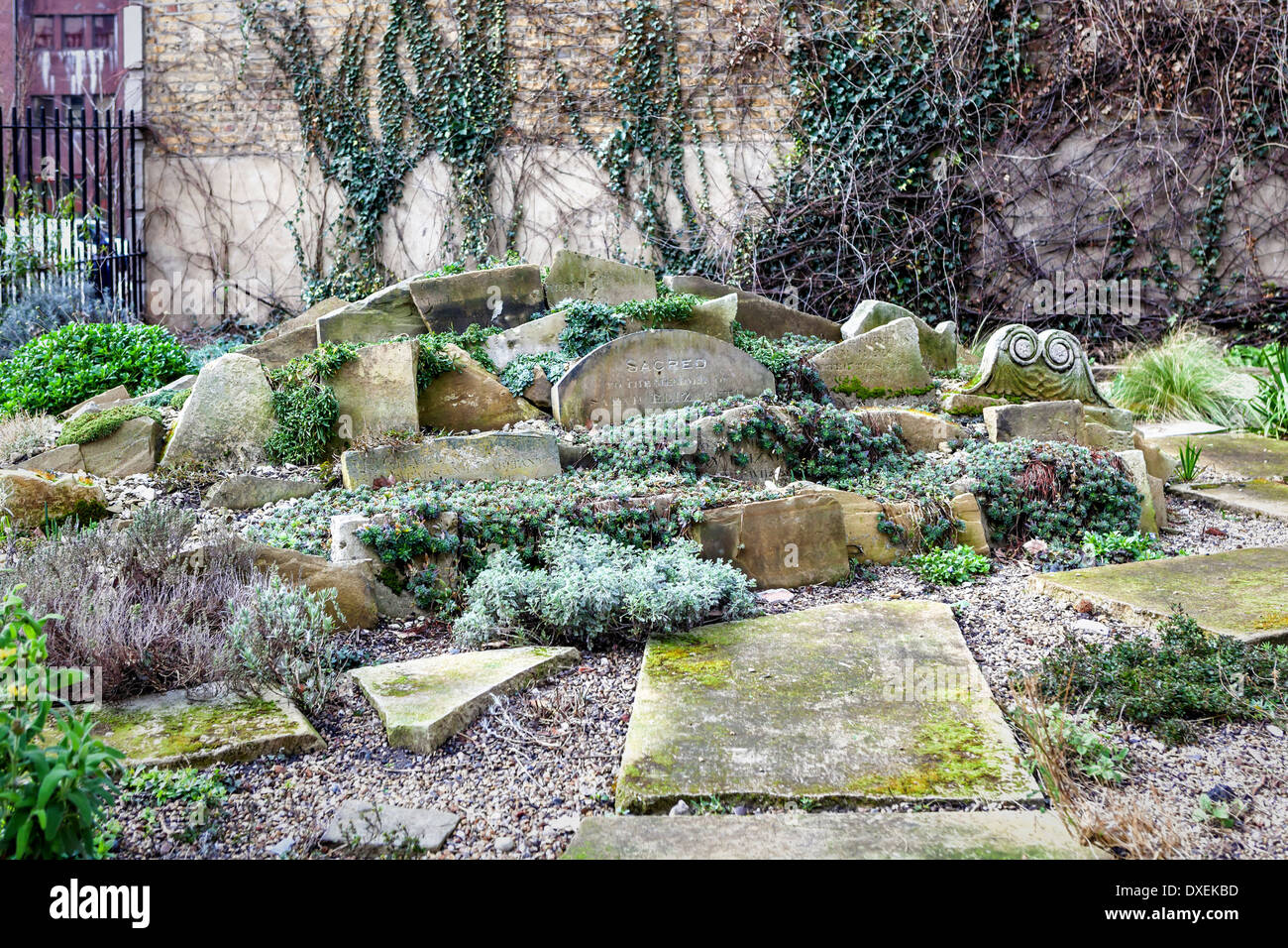 Charmant Alpine Garden Constructed Using Broken Old Tombstones In St. Georgeu0027s  Graveyard Gardens  St George The Martyr, Southwark, London