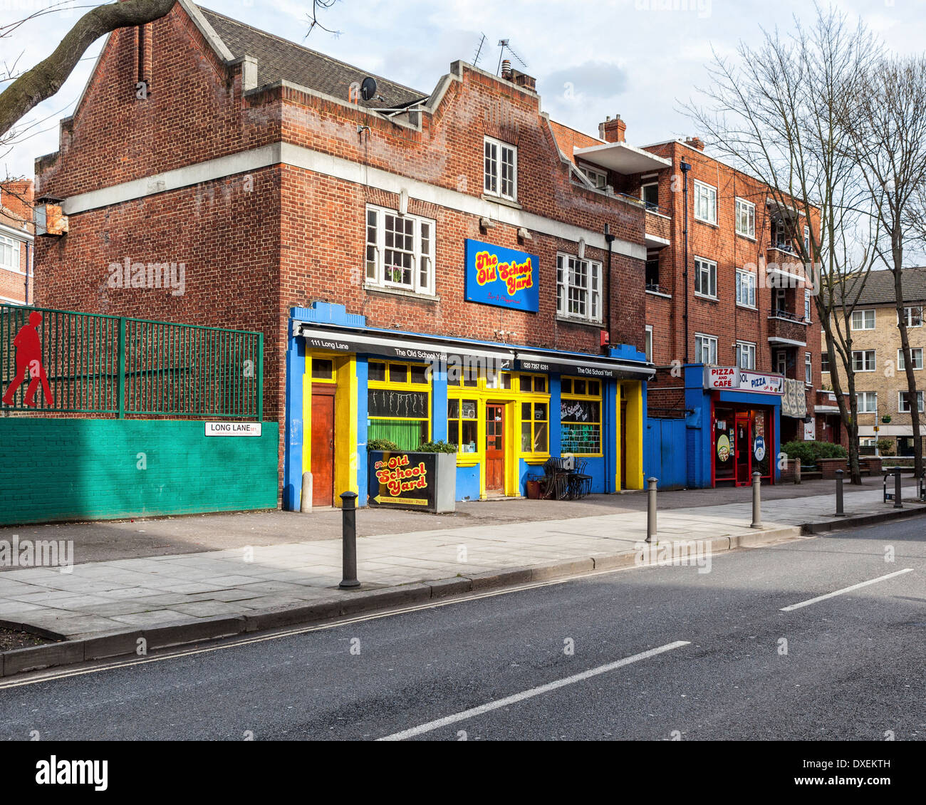 The Old School Yard pub and venue in Long Lane, London, SE1 - Stock Image