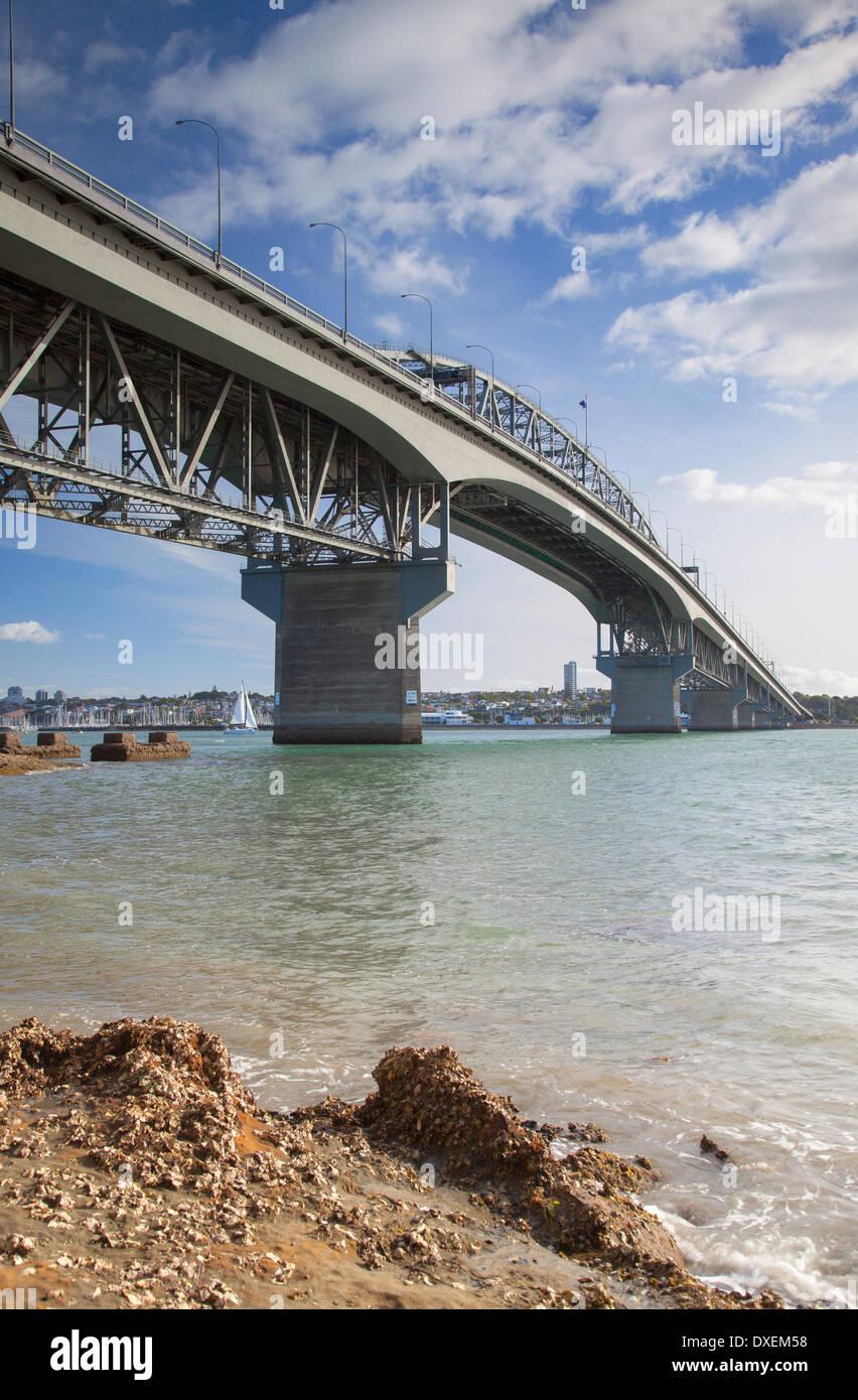 Auckland Harbour Bridge, Auckland, North Island, New Zealand - Stock Image