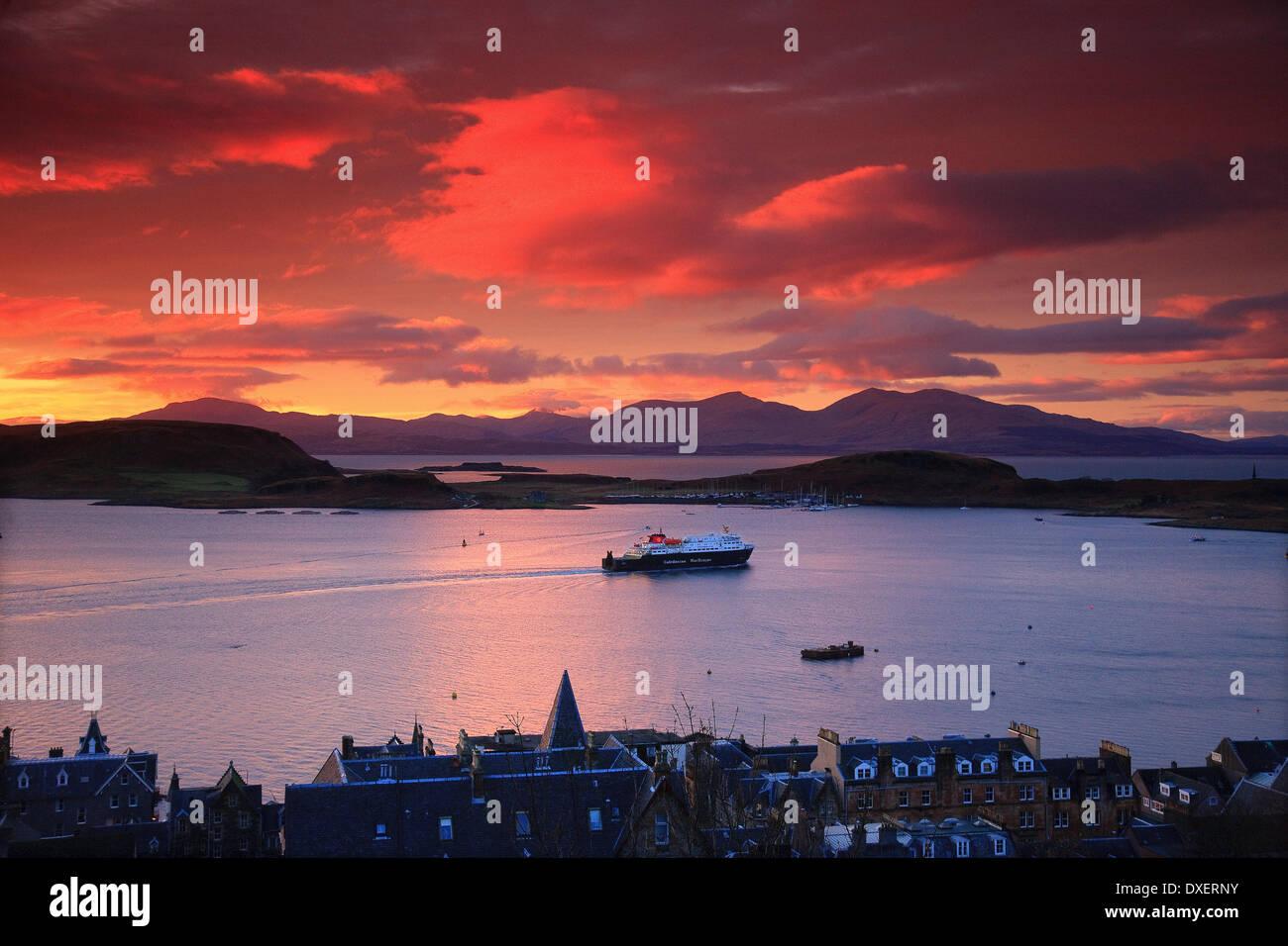 MV.Clansman departs Oban at Sunset, Argyll - Stock Image