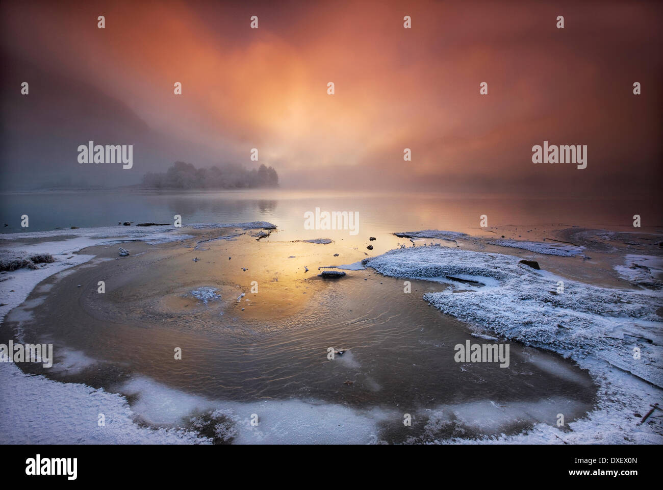 Dramatic sunset over Loch Shiel, Glenfinnan, Lochaber, Scottish Highlands. - Stock Image