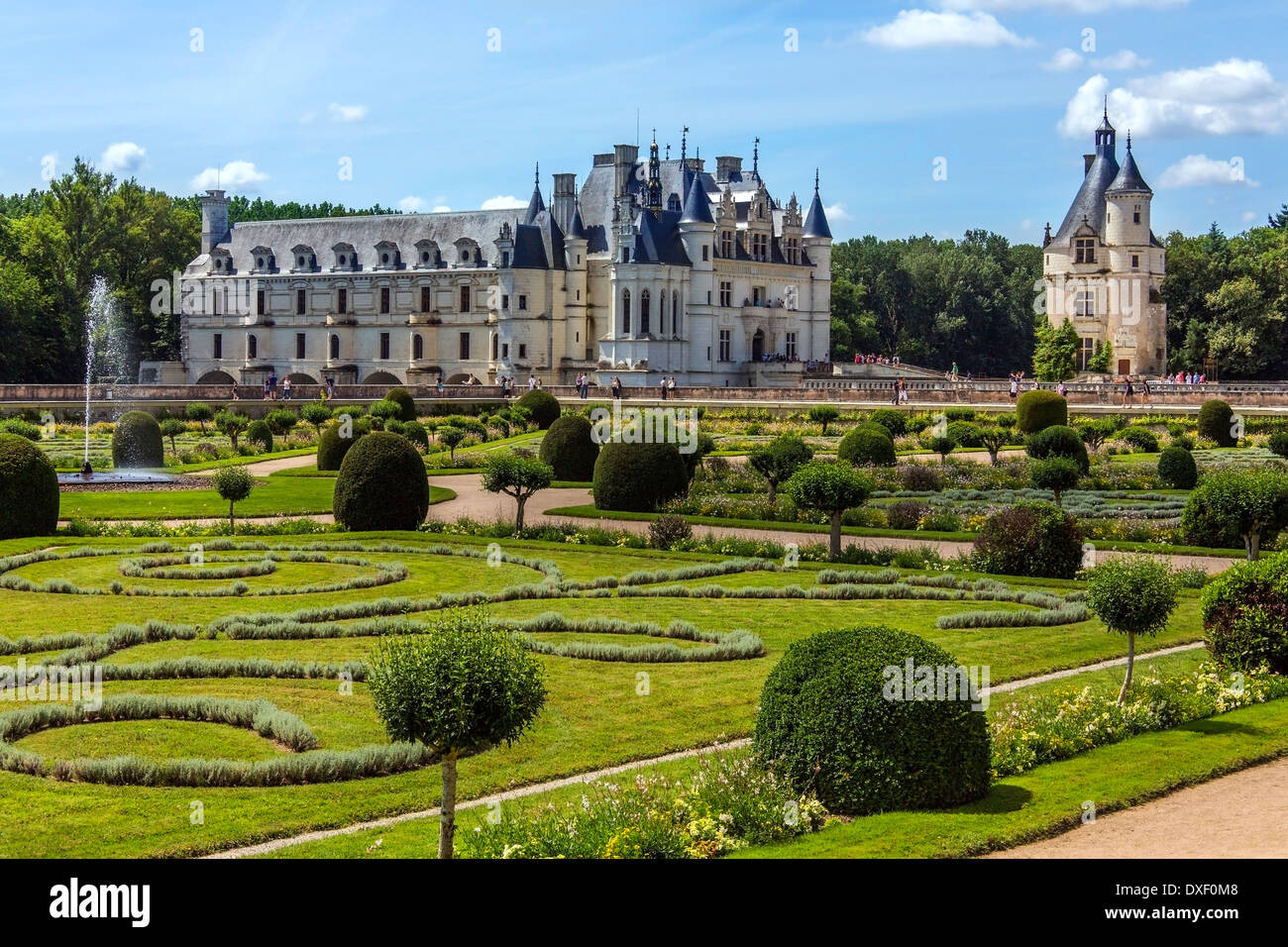 Chateau de Chenonceau spanning the River Cher in the Loire Valley in France - Stock Image