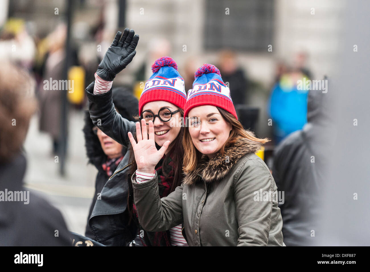 Colourful Hats Stock Photos Images Alamy Winter Hat Wh 94 Tourists Wearing I Love London Image