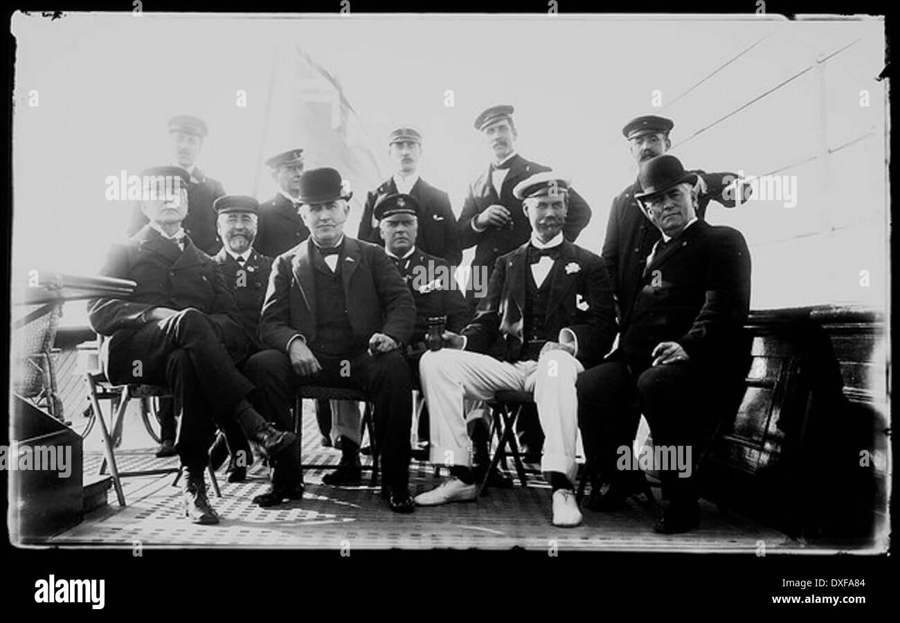 Group portrait with Thomas Alva Edison and Sir Thomas Lipton - Stock Image