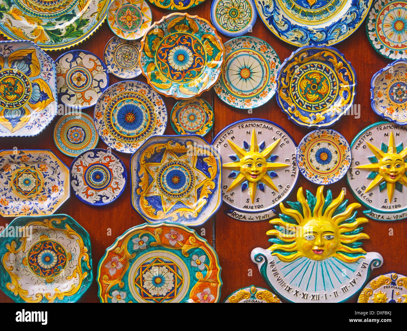 Colourful painted plate souvenirs, Erice. Sicily, Italy - Stock Image