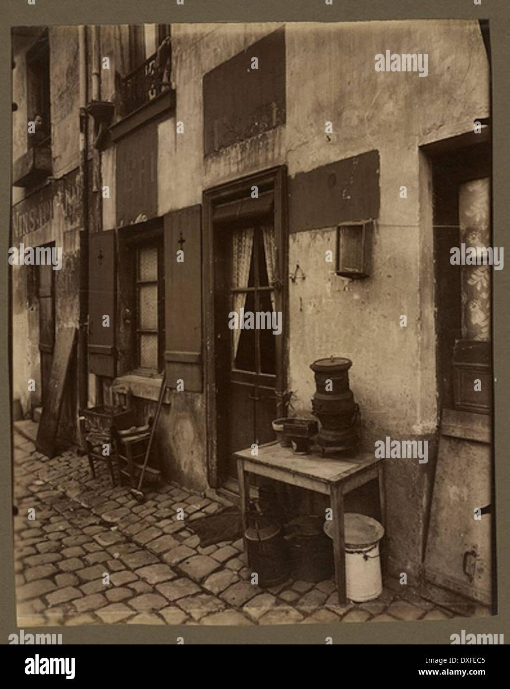 Un coin de la cite Dore - boulevard de la Gare 90 (13e arr) - Stock Image