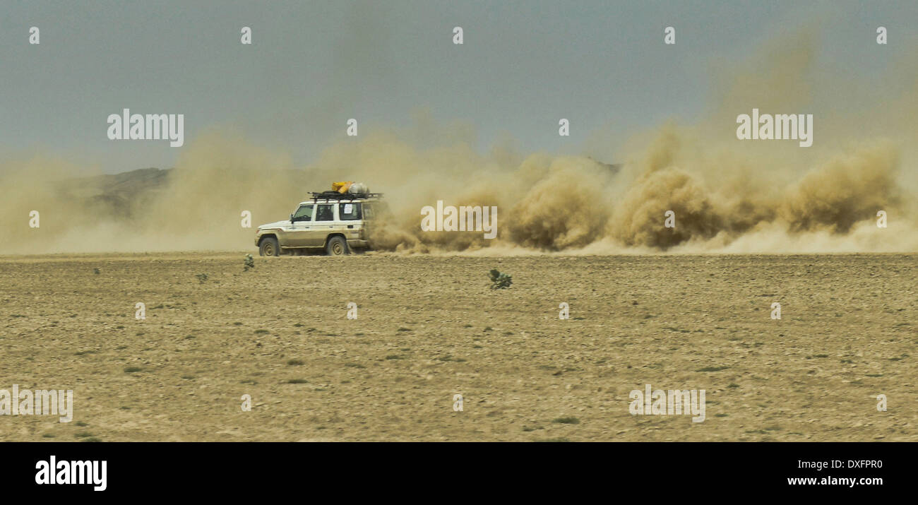 off road travel in the inhospitable and wild Danakil Depression, Ethiopia, known as the Gateway to Hell. - Stock Image