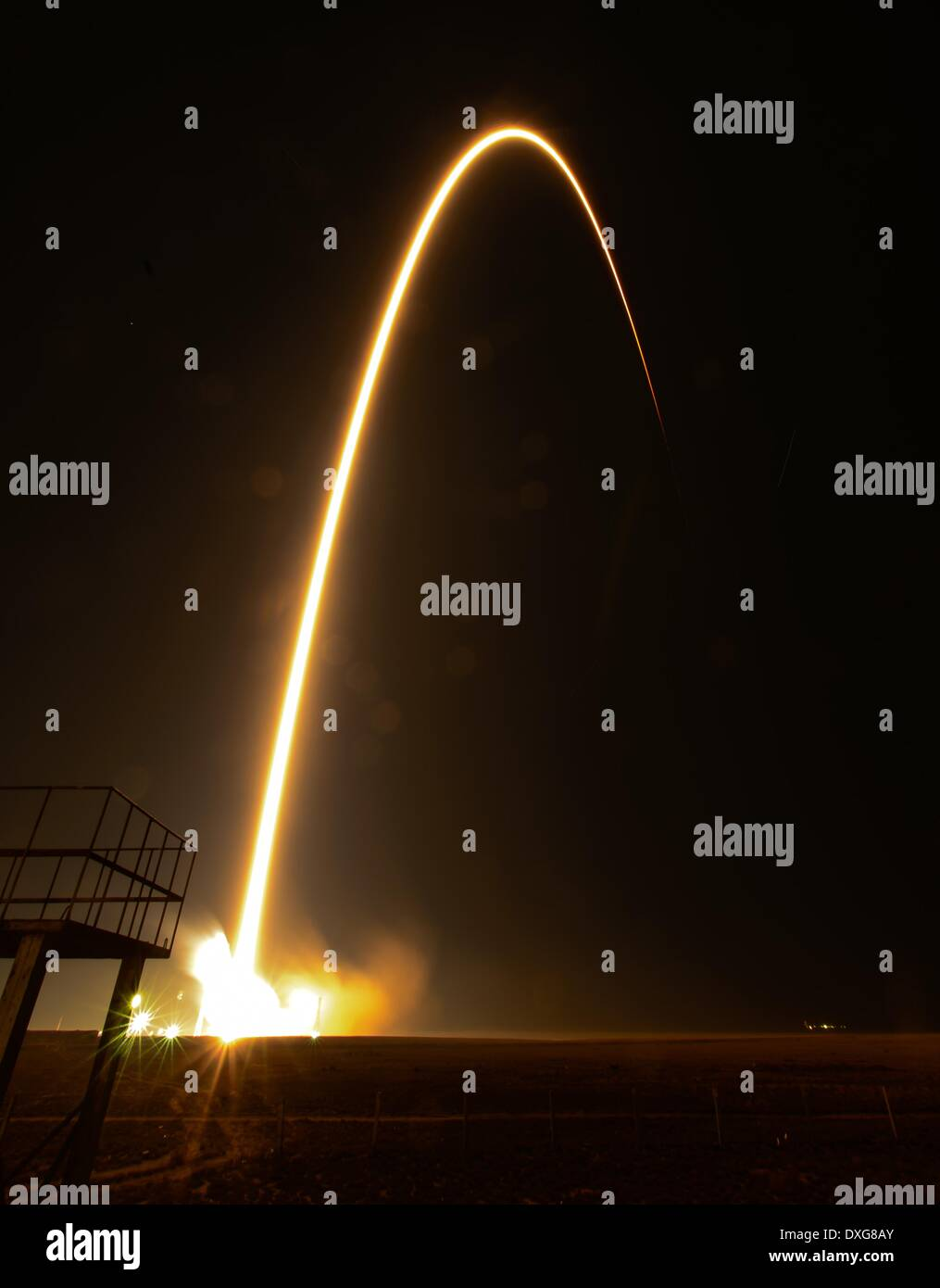 Long exposure showing the Soyuz TMA-12M rocket launches from Baikonur Cosmodrome carrying Expedition 39 Soyuz Commander - Stock Image