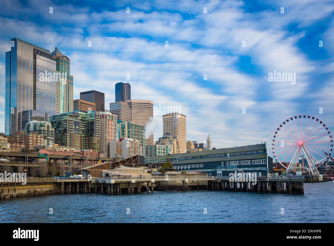 Seattle skyline from Pier 66 - Stock Image