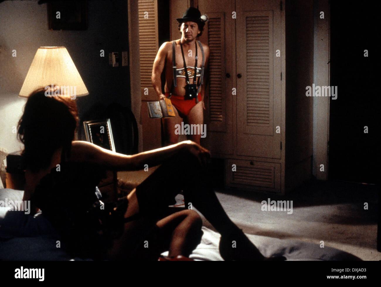 Cheeques strip club