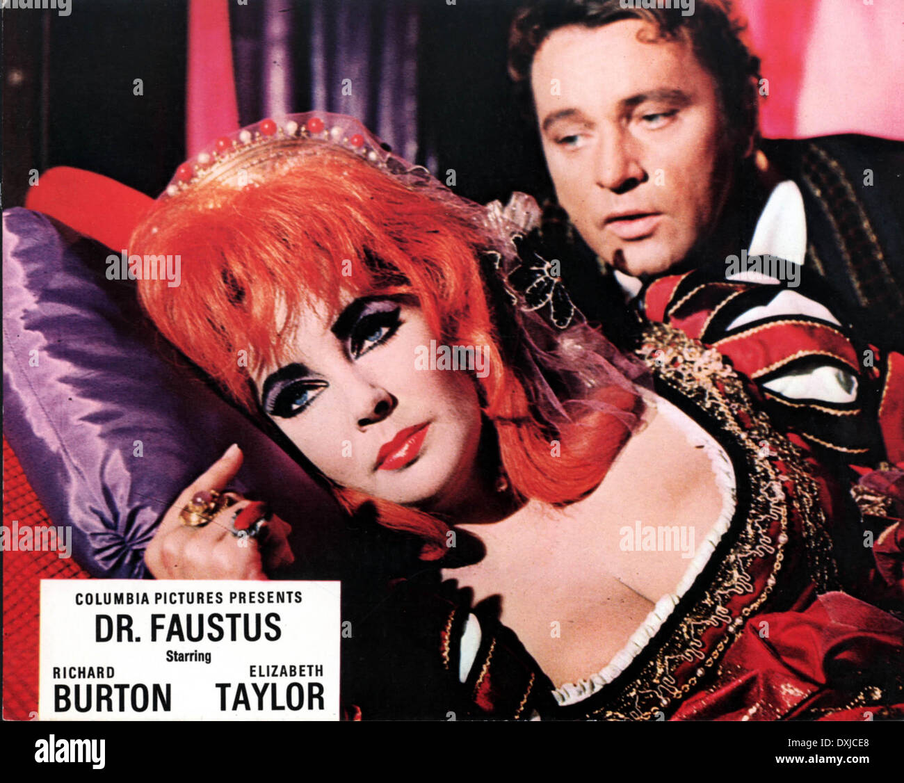 DOCTOR FAUSTUS (BR1967) Richard Burton as Doctor Faustus Eli - Stock Image