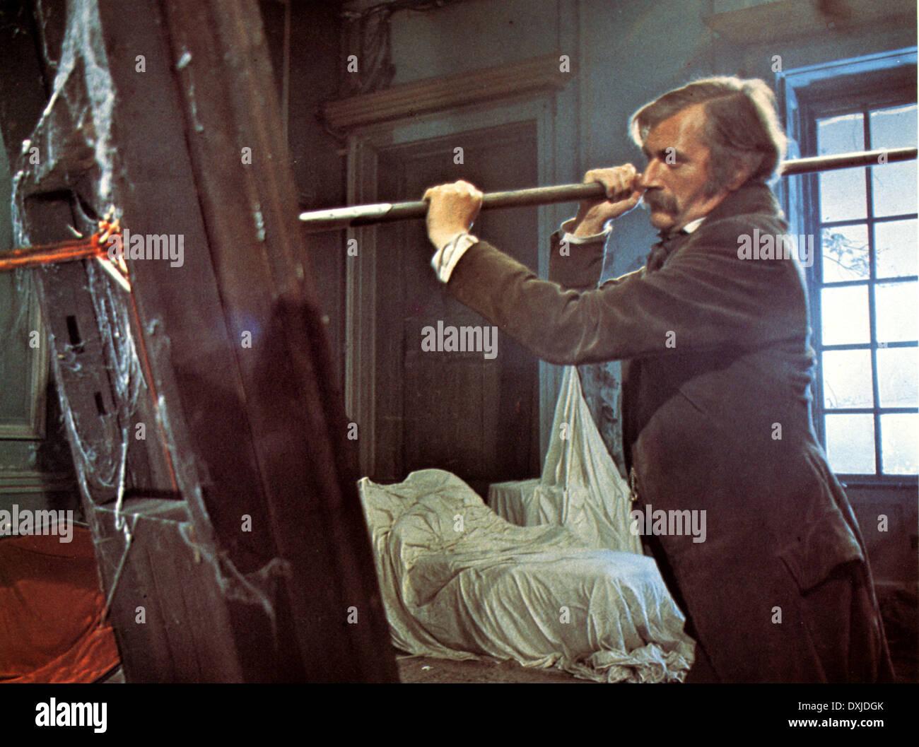 DRACULA (UK TVM 1973) DAN CURTIS PRODUCTIONS NIGEL DAVENPORT - Stock Image