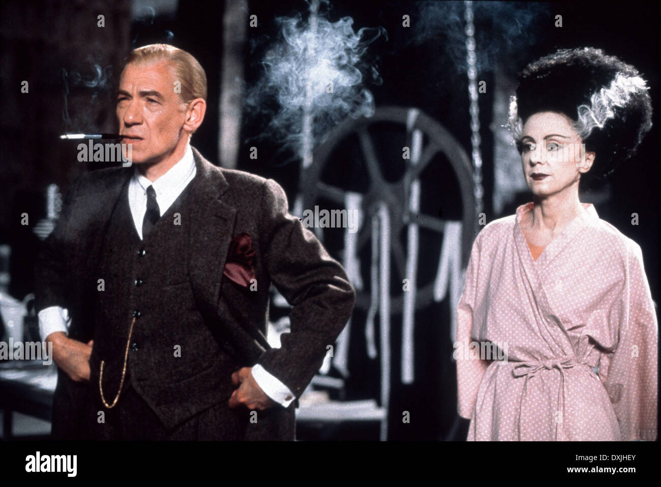 GODS AND MONSTERS (US/UK 1998) IAN McKELLEN, ROSALYND AYRES - Stock Image