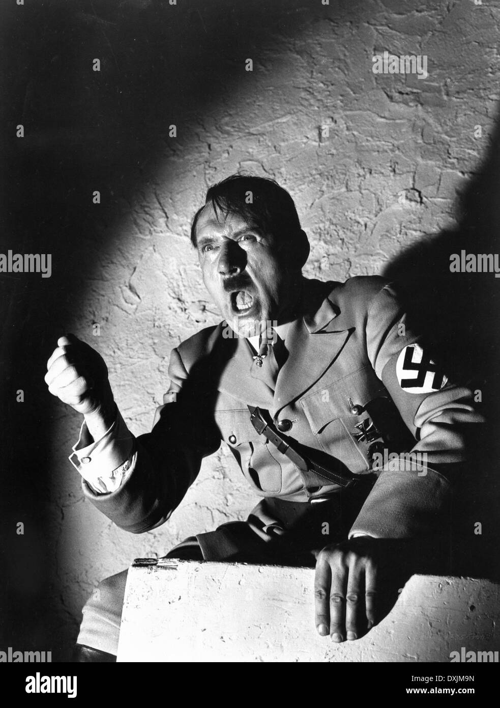 the question of what exactly happened to adolf hitlers body What happen to hitler, adolf hitler s body, the mysteries of history, adolf hitler body wa identified not sure what i'd do without @kibin - alfredo alvarez, student @ miami university.