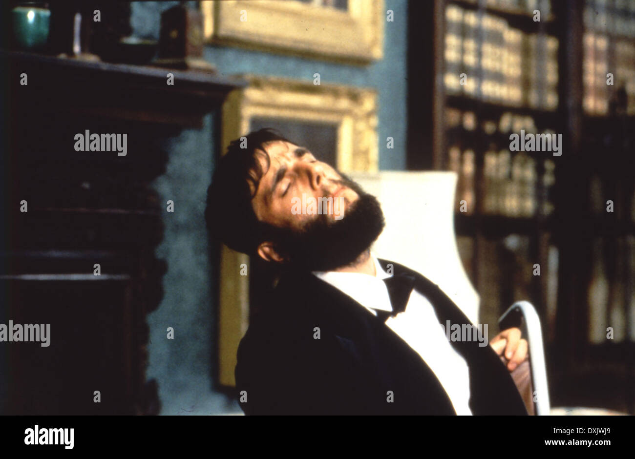 MY LEFT FOOT (IRE/UK 1989) Daniel Day Lewis picture from the - Stock Image