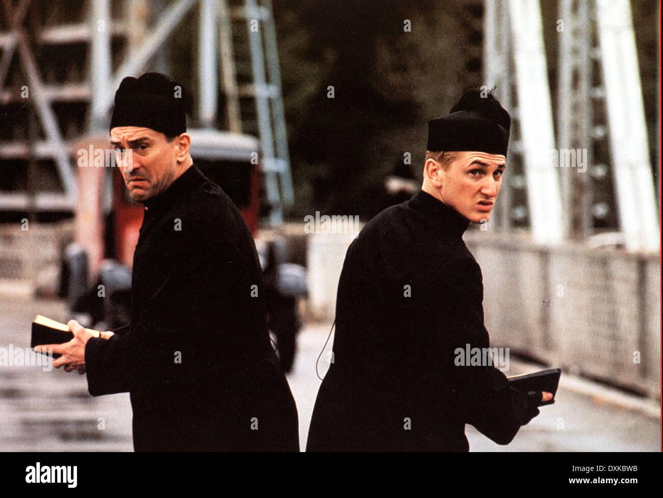 WE'RE NO ANGELS (US  1989) PARAMOUNT PICTURES ROBERT DE NIRO - Stock Image