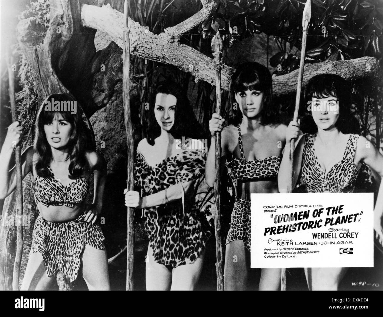 WOMEN OF THE PREHISTORIC PLANET (US1966) - Stock Image