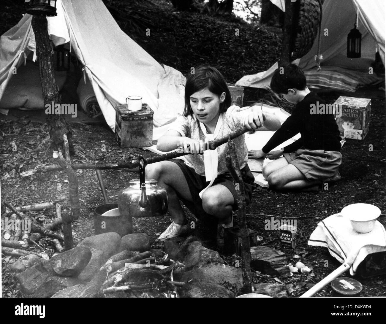 Suzanna Hamilton Nude Photos 92