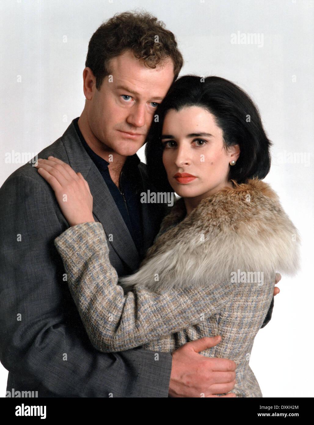 DANGEROUS LADY (UK TV 1995) OWEN TEALE, SUSAN LYNCH - Stock Image