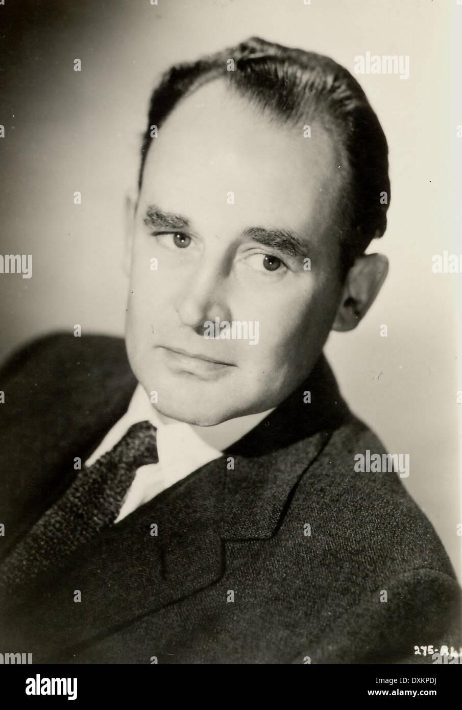 GEOFFREY KEEN actor  1918 - 2005  portrait taken to publicis - Stock Image