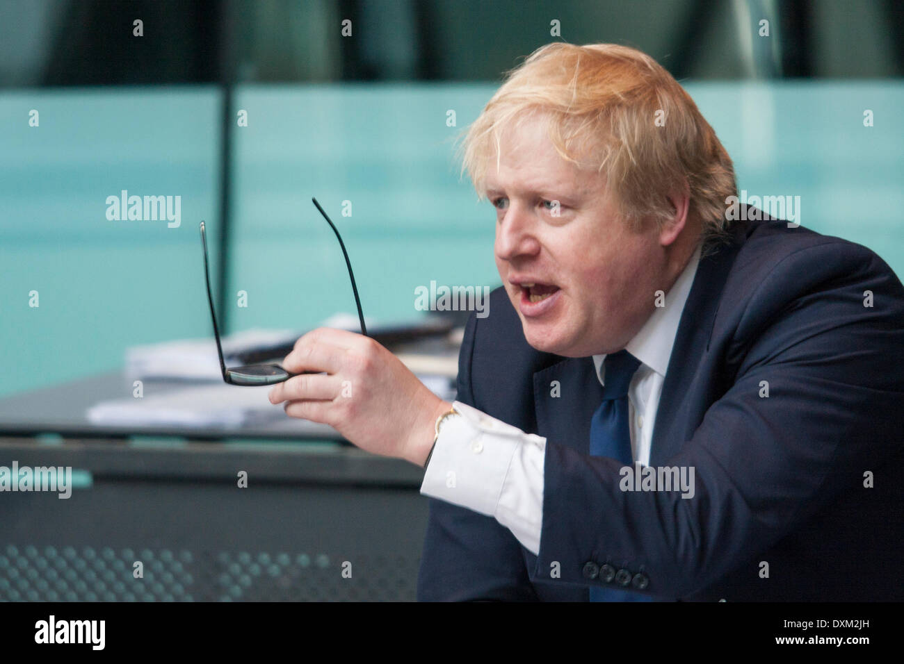 London, March 27th 2014. Accused of being flippant, Mayor of London Boris Johnson in a heated exchange as the Police and Crime Committee of the London Assembly question him on undercover policing and the governance of the Metropolitan Police. Credit:  Paul Davey/Alamy Live News - Stock Image