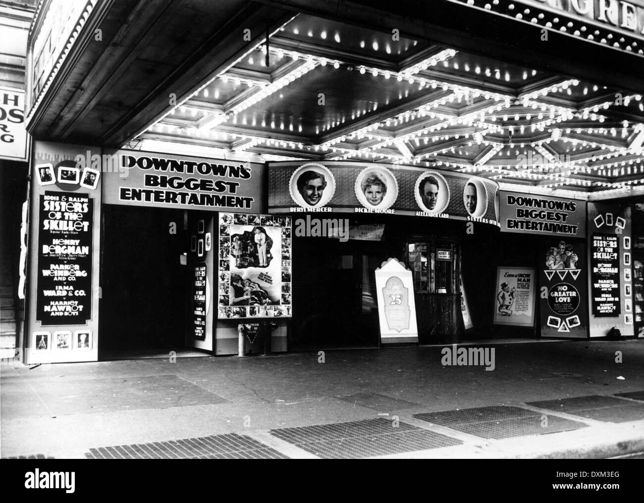 Unidentified Cinema in New York City, showing NO GREATER LOV - Stock Image