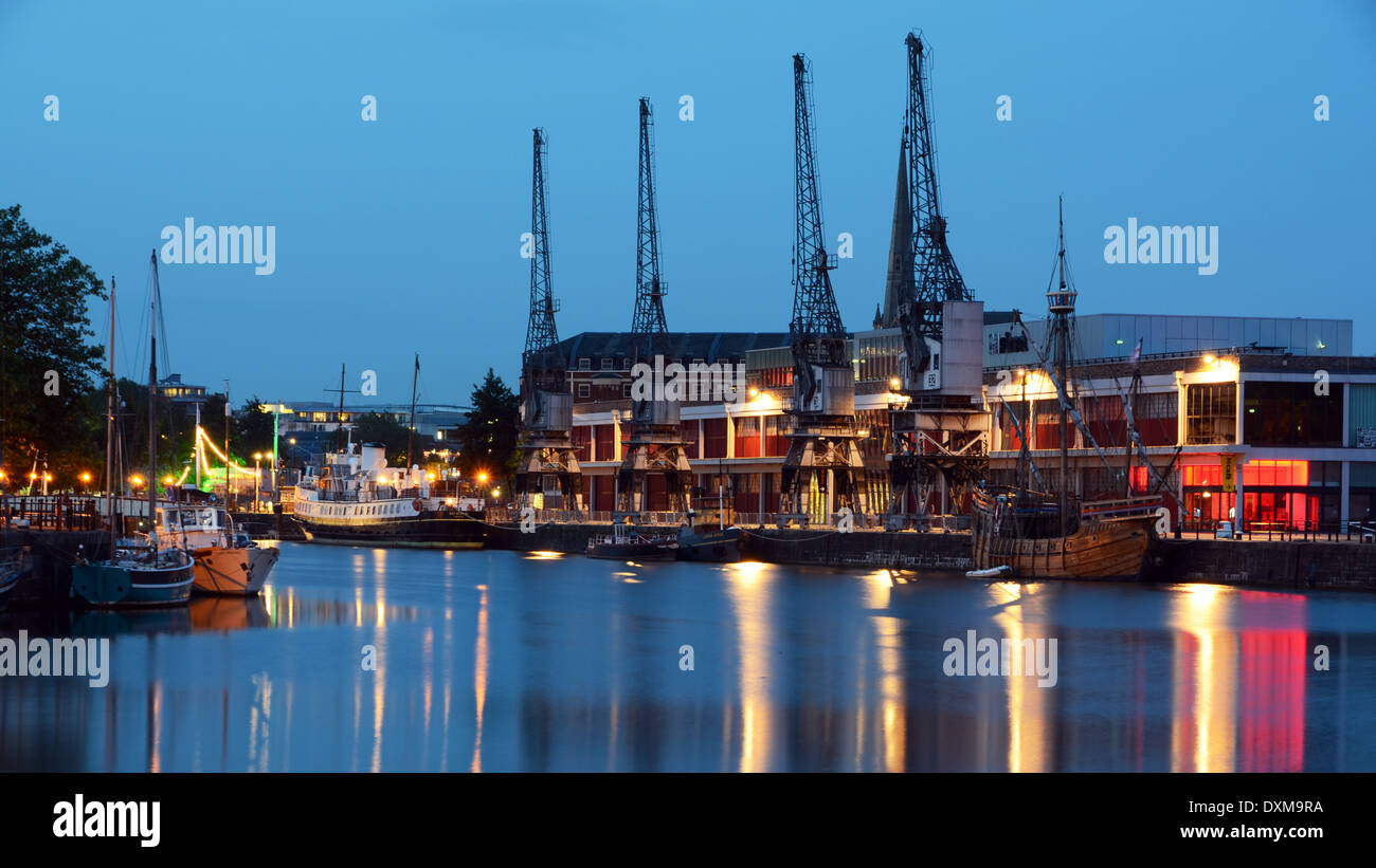Blue Hour from Hanover Quay, showing the cranes and boats of Bristol Docks - Stock Image