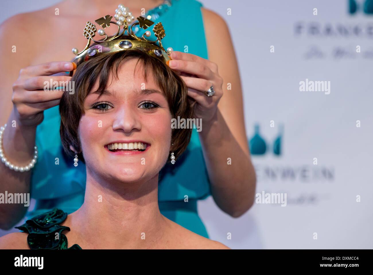 Queen Christin Nude Photos 79