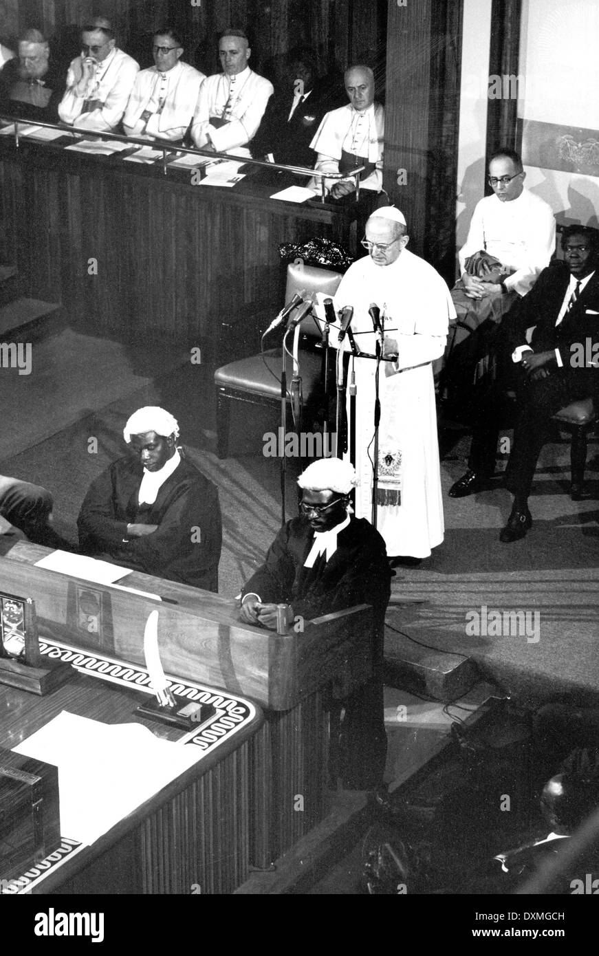 Pope Paul VI in Uganda to honour 22 new saints, Africa's first, addresses Uganda's Parliament in 1969 - Stock Image