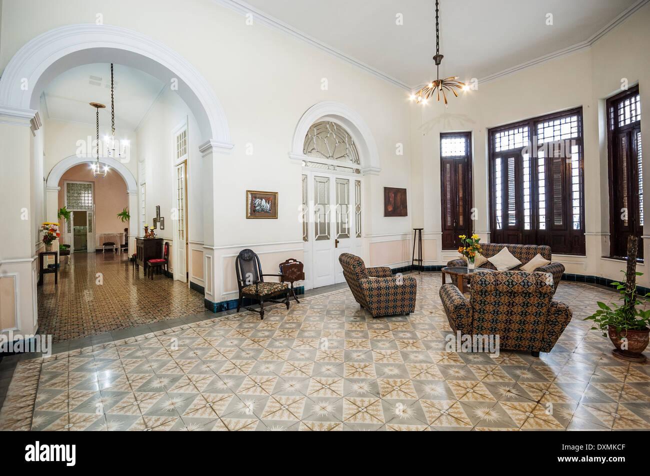 old colonial house,havana,cuba, caribbean Stock Photo: 68066447 - Alamy