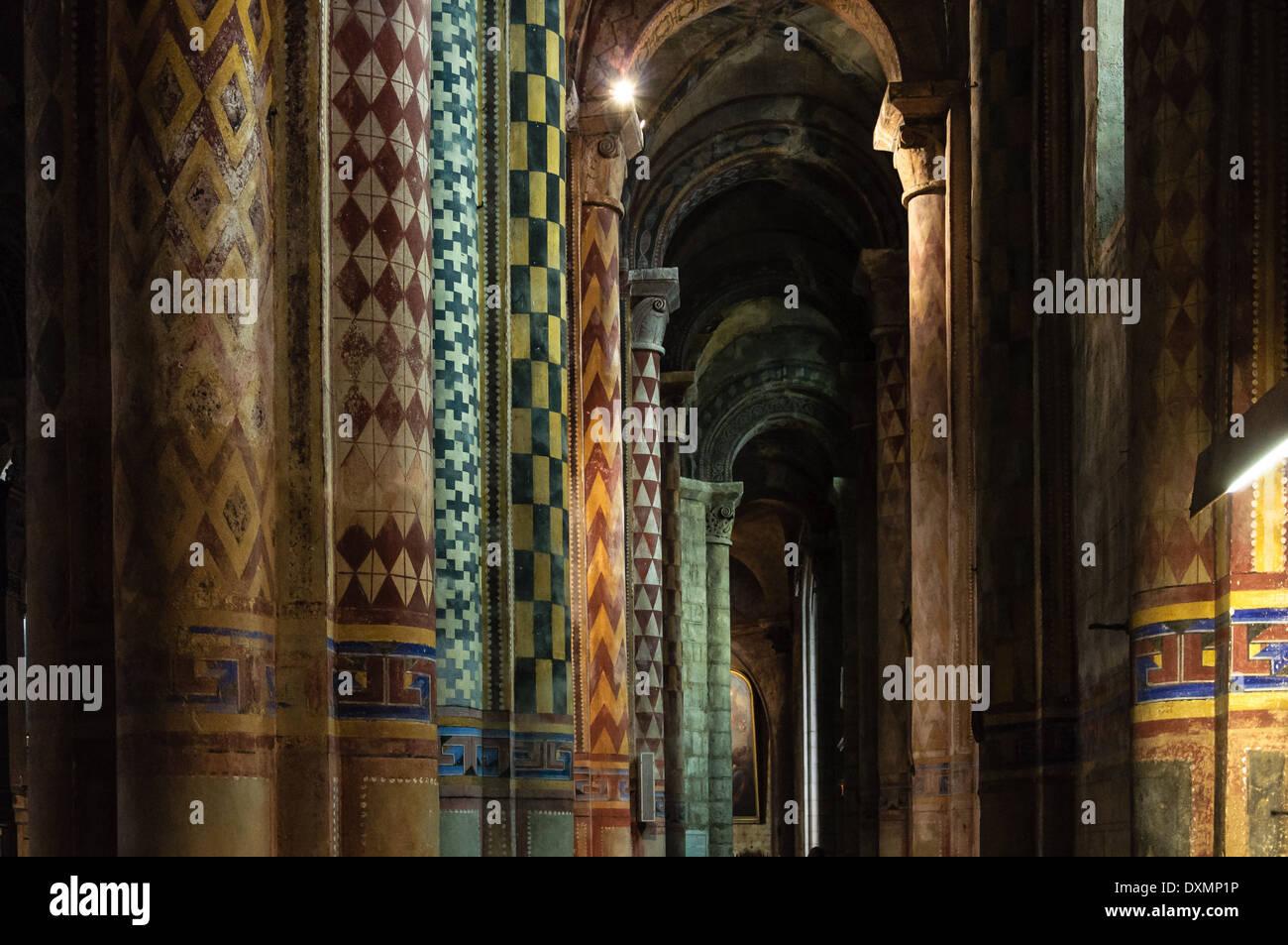 Interior Architecture Of Eglise Notre Dame La Grande Poitiers Stock Photo Alamy
