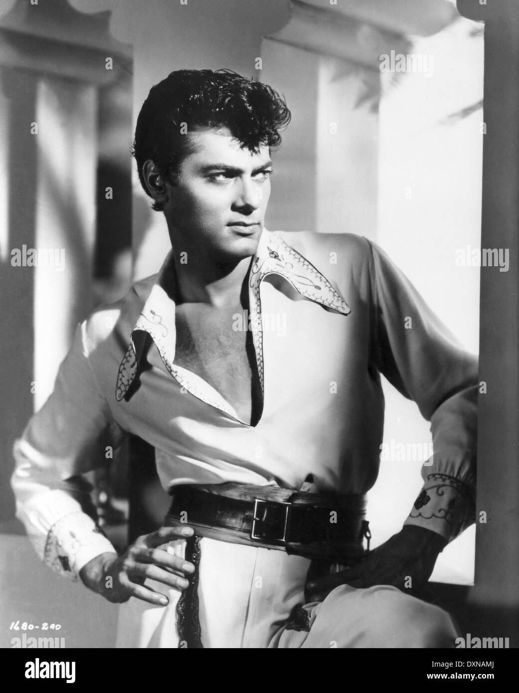 TONY CURTIS American Actor Publicity shot for SON OF ALI BAB Stock Photo