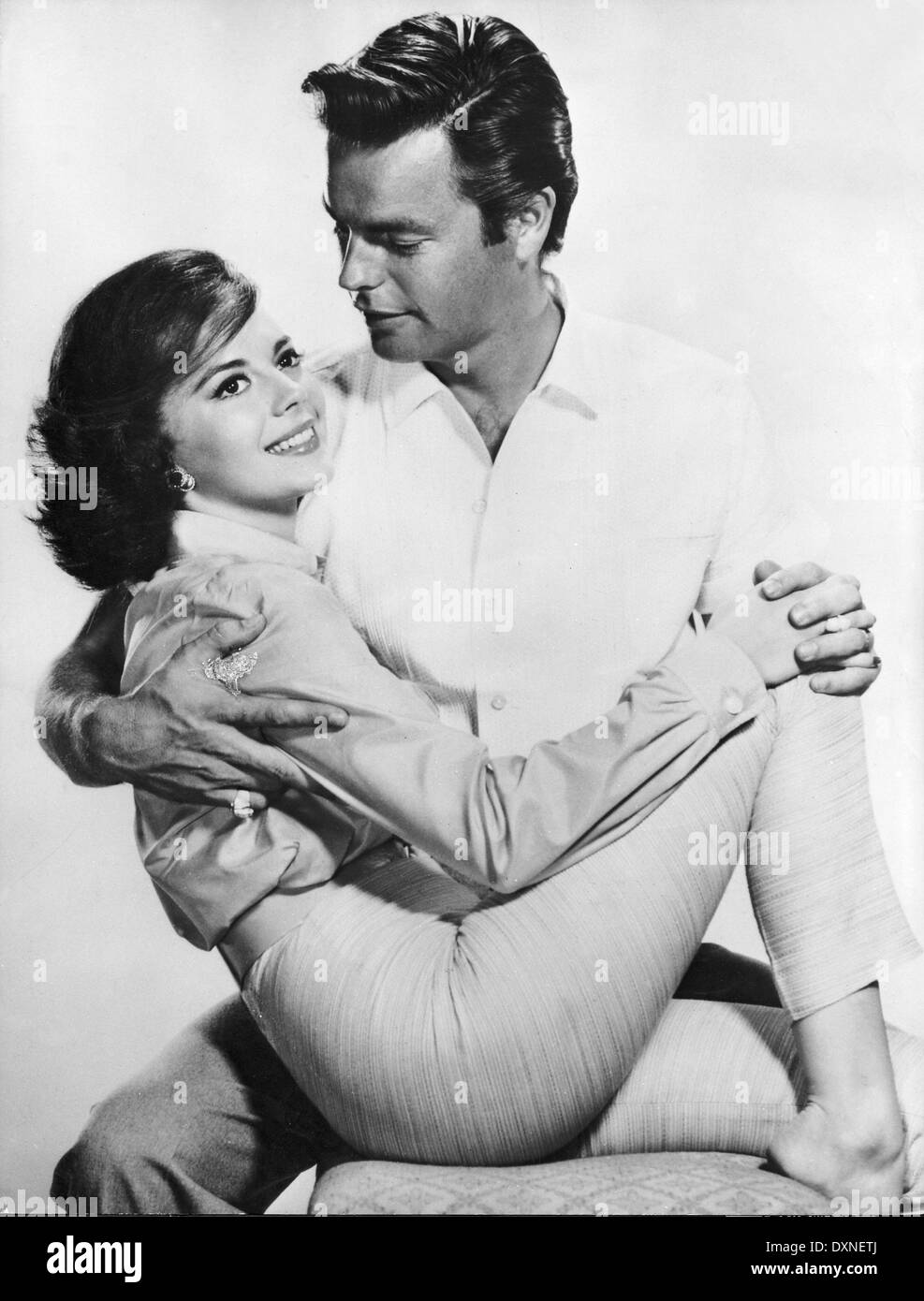 NATALIE WOOD and ROBERT WAGNER Publicity shot for ALL THE FI - Stock Image