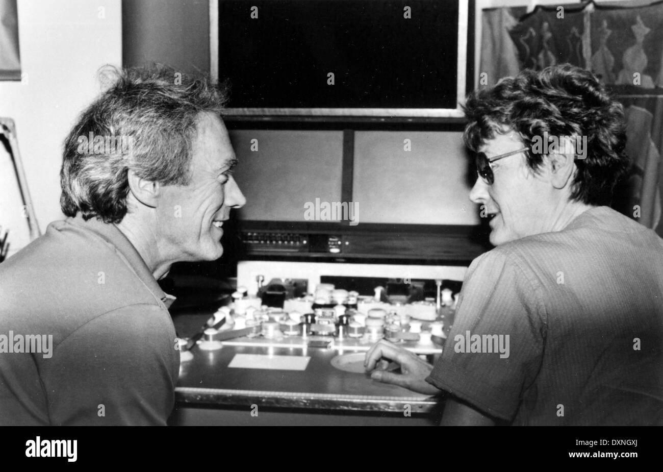 CLINT EASTWOOD and director and producer CHARLOTTE ZWERIN wo - Stock Image