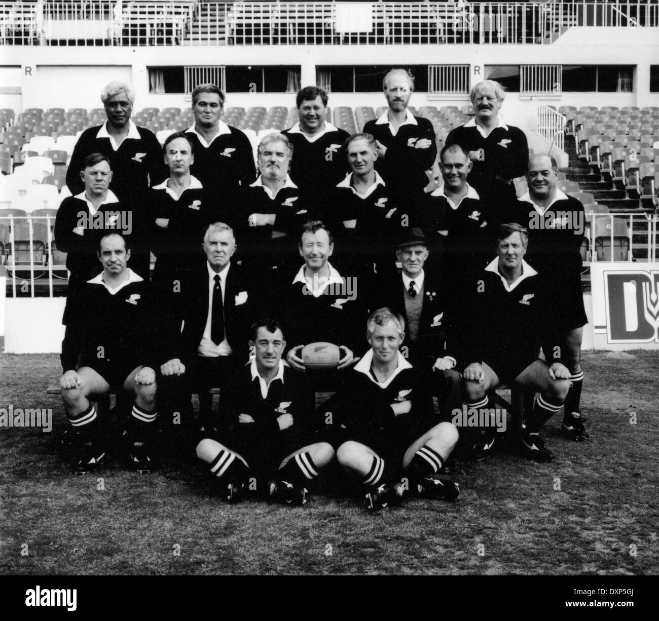 Old Rugby Team: Old Rugby Stock Photos & Old Rugby Stock Images