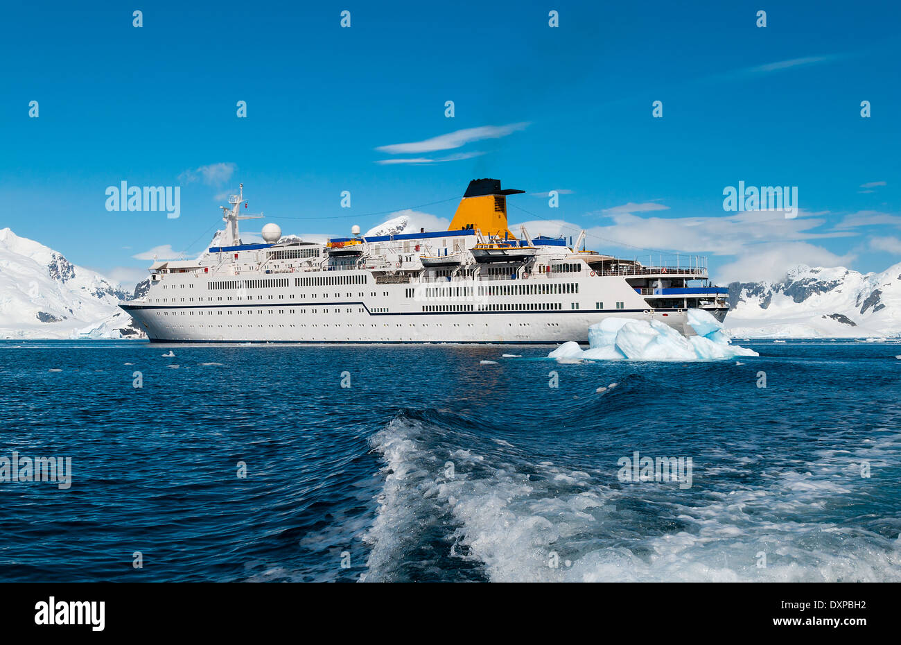 Cruise liner in Antarctica - Stock Image