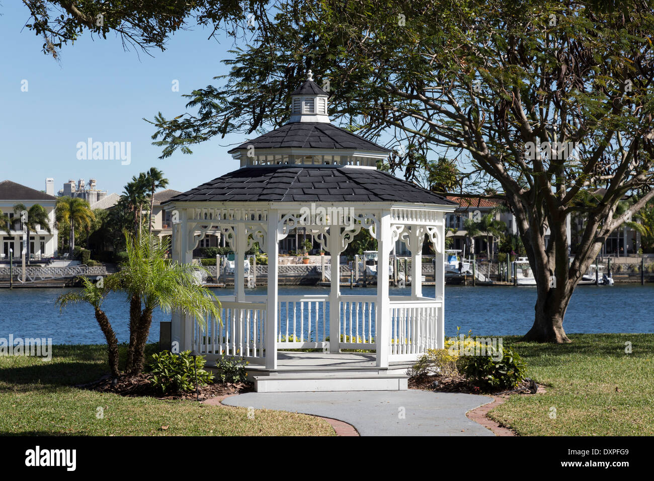 davis islands garden club gazebo tampa fl stock image - Davis Island Garden Club