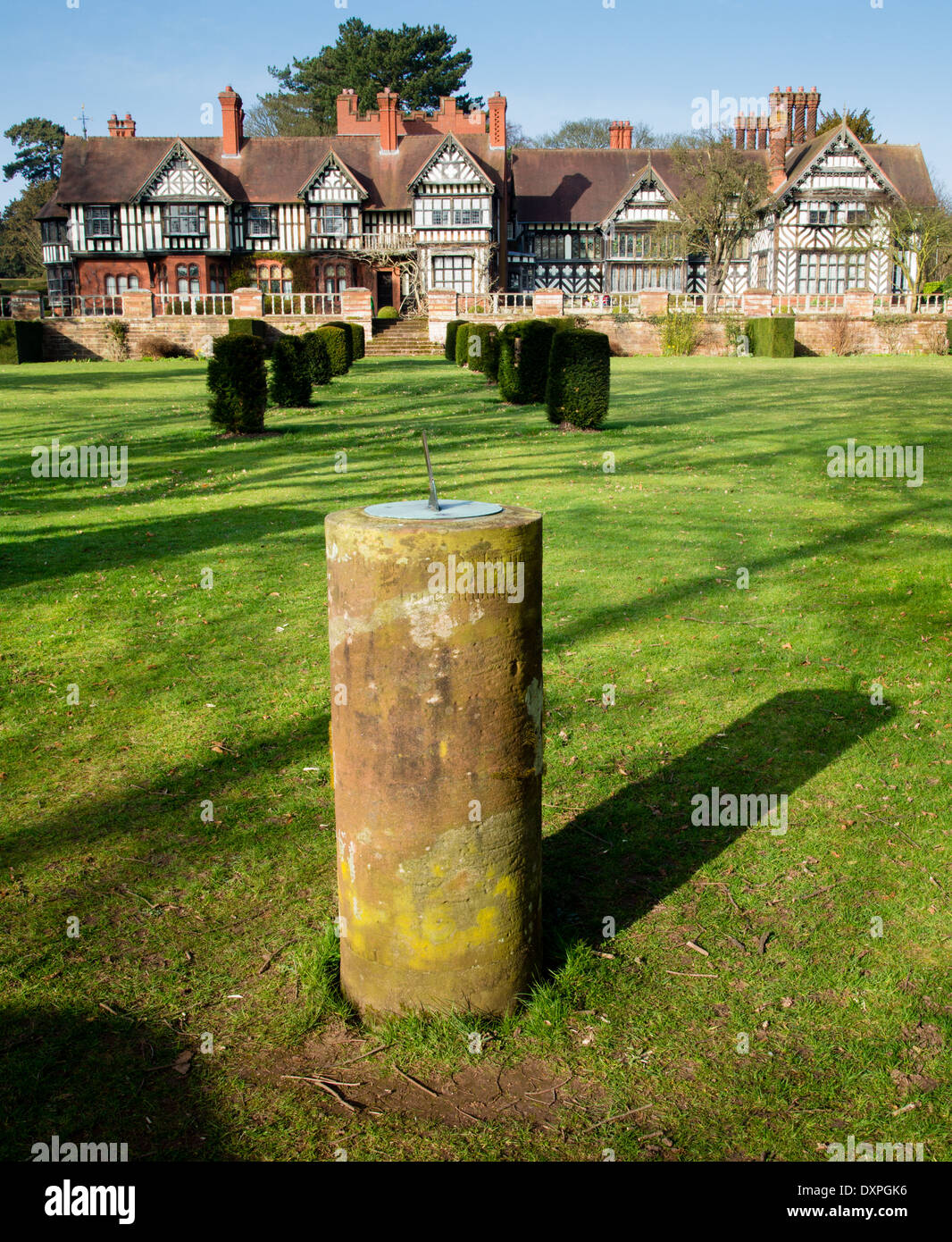 Sundial in the topiary garden at Wightwick Manor a Victorian Arts and Crafts house near Wolverhampton UK - Stock Image