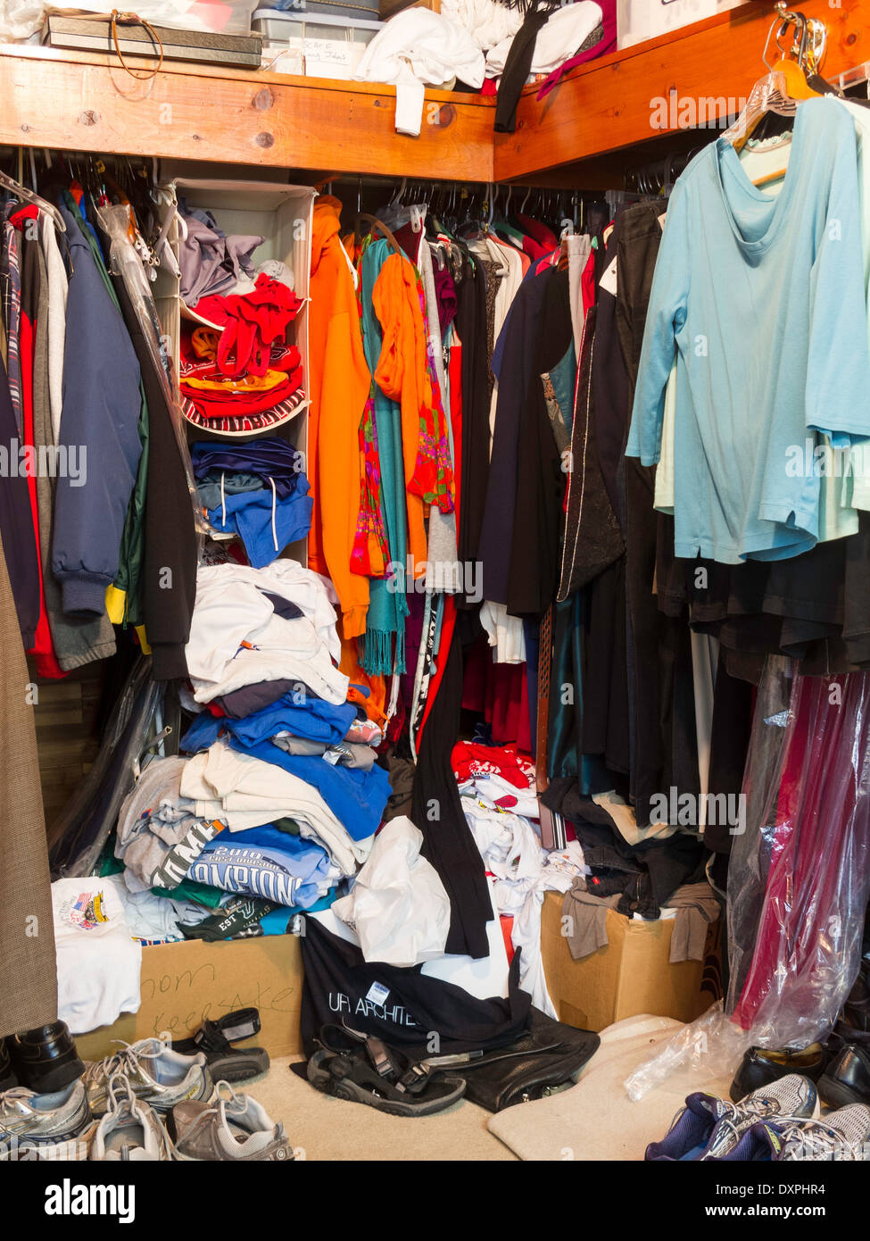 Messy Closet Stock Photo 68109080
