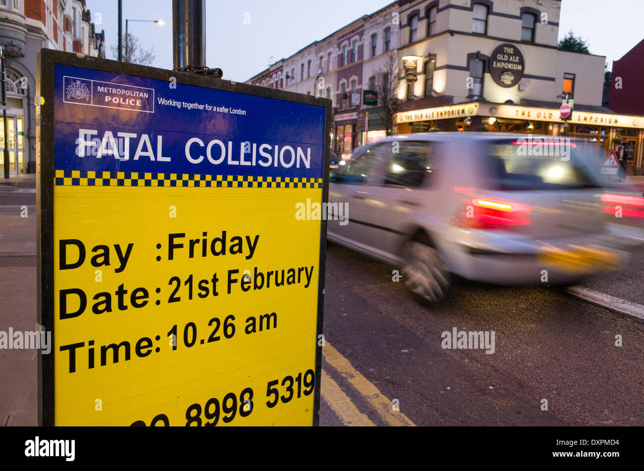 Metropolitan Police Fatal Collision witness appeal sign on side of road, Green Lanes, Harringey, London, England, Stock Photo